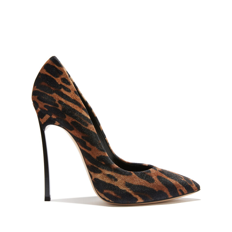 0b6c0e96225 Women's Designer and Luxury Pumps | Casadei