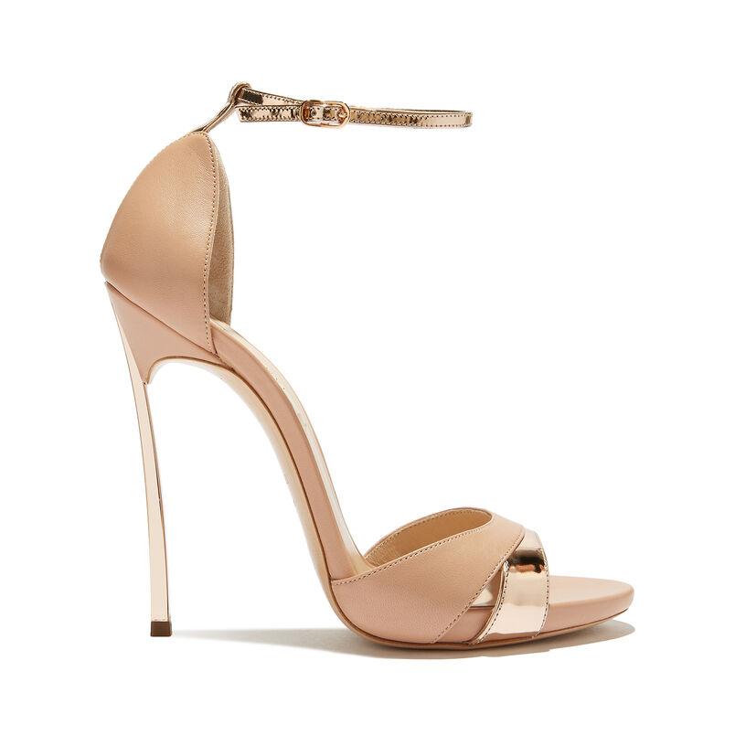 4dd5b1e9a97ff Women s Designer Sandals