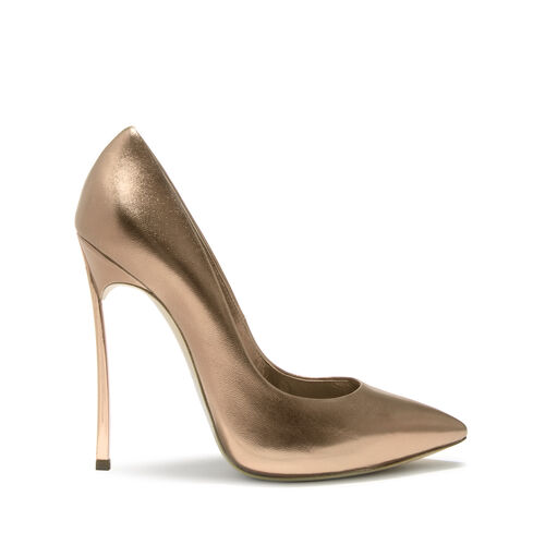 9ea34558c9 Blade - Tan Pumps in Nappa | Casadei